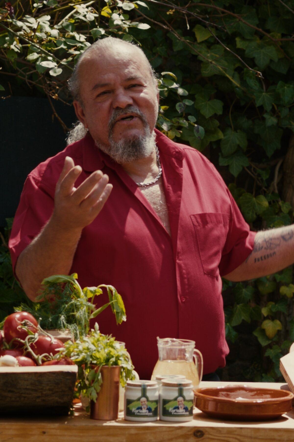 Lachsröllchen mit Feta und Spinat auf Griechische Art